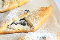 Blueberry & Honey Cream Croissants Recipes