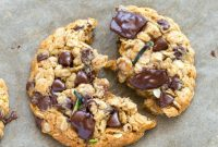 HEALTHY ZUCCHINI OATMEAL COOKIES